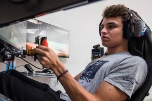 Veloce-Pro-Series Silverstone: F1-Pilot Norris gewinnt packenden E-Sport-Wettbewerb