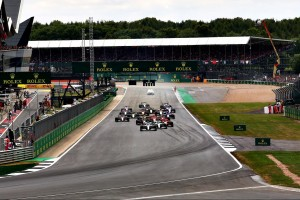 Verrückte Idee: Zwei Silverstone-Rennen, eins in umgekehrter Richtung?