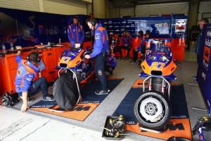 MotoGP plant Entwicklungsstopp bis Ende 2021, um Kosten zu sparen