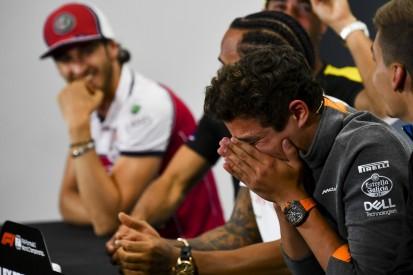 Video: Formel-1-Fahrer grölen F1-Hymne bei Sim-Race!