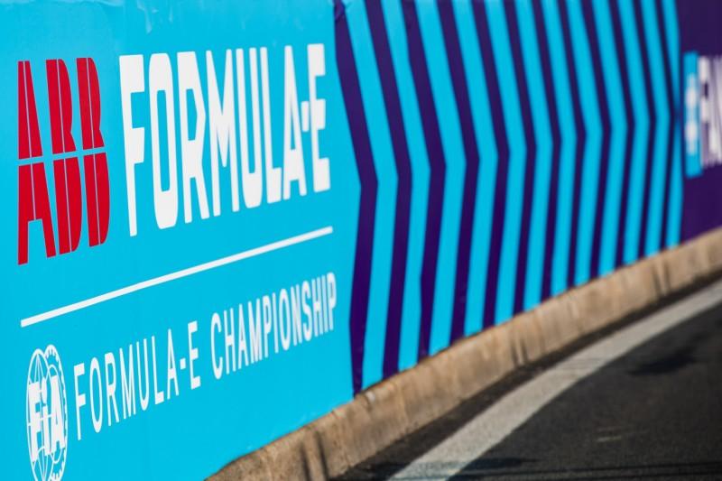 Gen3-Auto der Formel E: Agag sieht drei Optionen für das Debüt