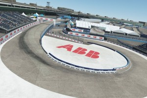 "Formel E ""Race at Home Challenge"": Nächster Halt Berlin-Tempelhof"