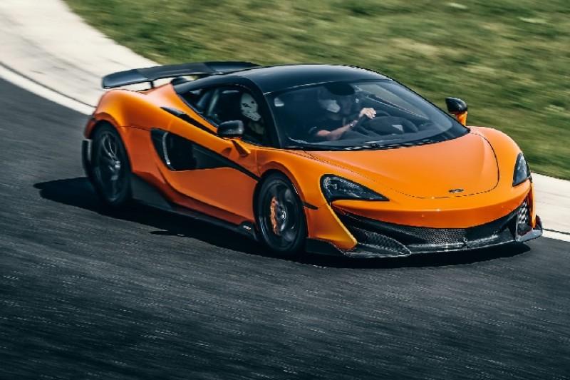 Carlos Sainz: McLaren-Dienstauto 600LT wird jetzt durch Ferrari ersetzt
