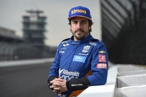 E-Sport: Fernando Alonso gewinnt virtuelles Indianapolis-Rennen