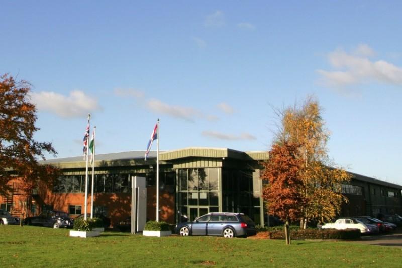 Neue Aston-Martin-Fabrik verzögert sich: Umzug erst 2022