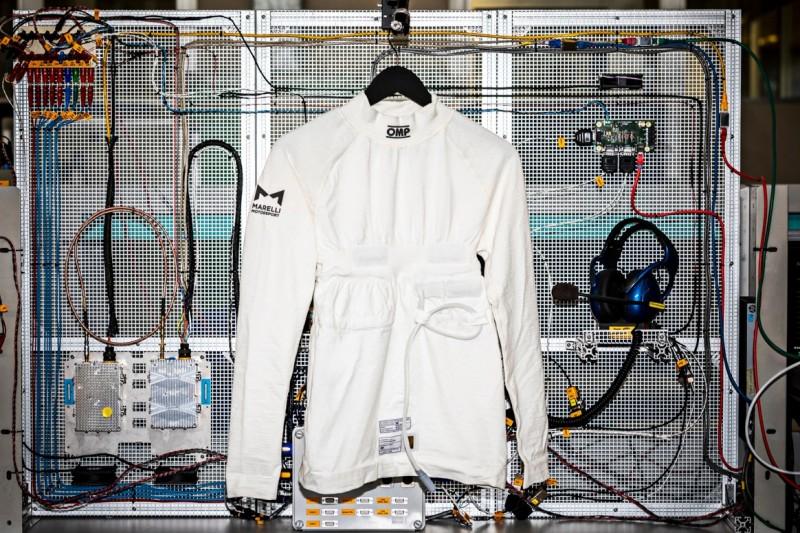 Biometrisches Shirt, das Herzfrequenz misst, erhält FIA-Homologation