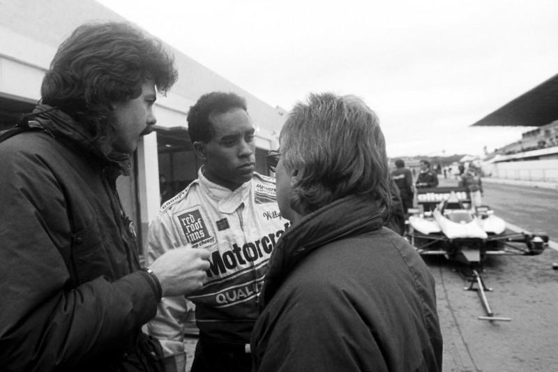 Wie Bernie Ecclestone den ersten Schwarzen in die Formel 1 gebracht hat