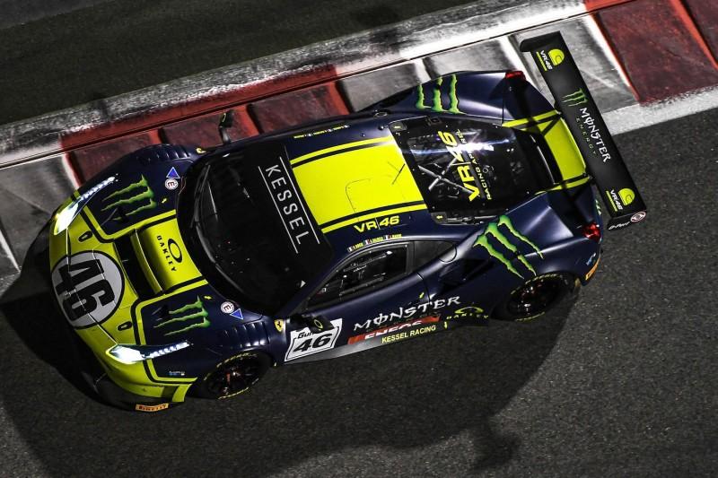 Spaß auf vier Rädern: Valentino Rossi fährt GT3-Ferrari in Misano