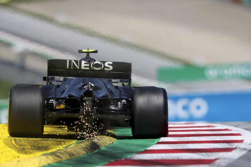 """Randsteine """"massakrieren"""" den W11: Muss Mercedes wieder zittern?"""