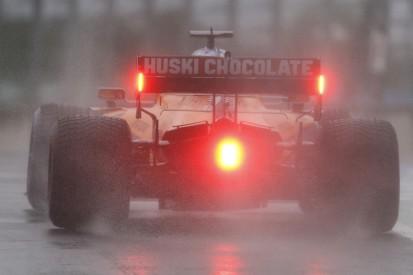 Carlos Sainz fordert zusätzliche Regenreifen von der FIA