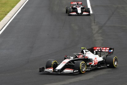"""""""Unerlaubte Fahrhilfe"""": Warum die Haas-Fahrer bestraft wurden"""