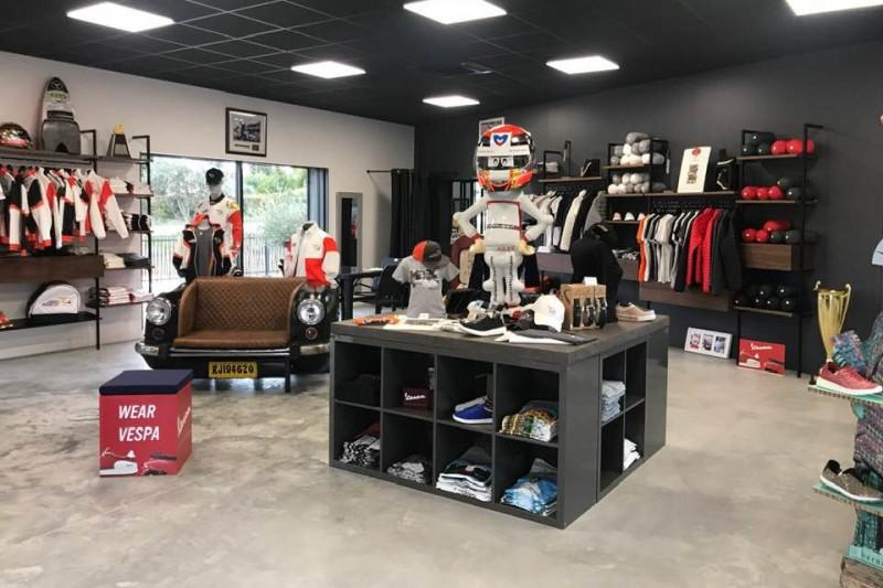 Fanartikel gestohlen: Diebe plündern Laden des Vereins Jules Bianchi