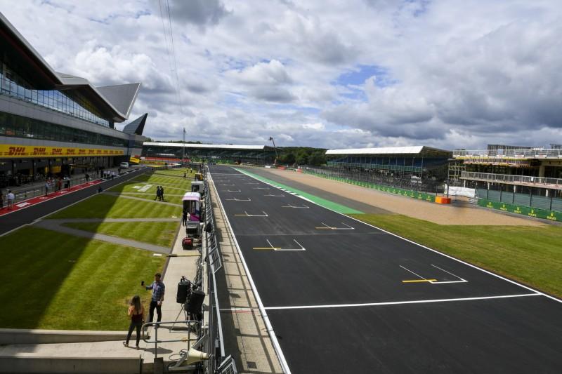 Formel 1 LIVE in Silverstone: Alle Infos für TV / Stream ...
