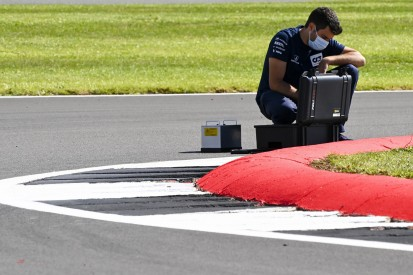 FIA behält Tracklimits in Silverstone im Auge: Zwei Kurven im Fokus