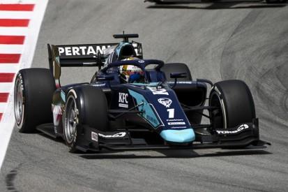 Formel 2 Barcelona: Sean Gelael erleidet bei Unfall Wirbelbruch