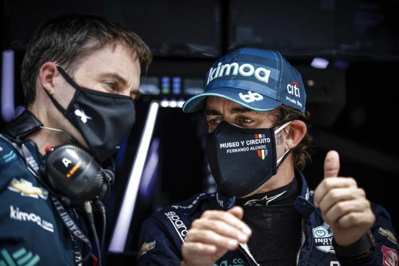 """""""Keine Primadonna"""": IndyCar-Bosse überschütten Alonso mit Lob"""