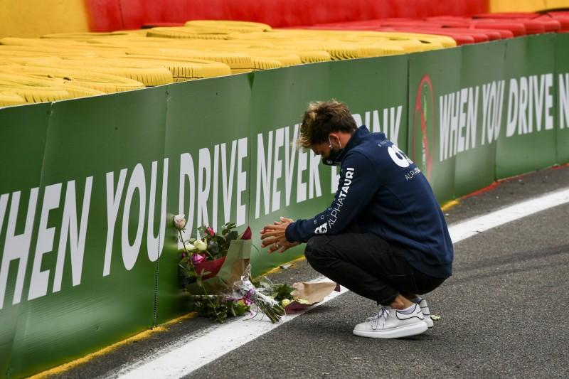 Ein Jahr nach Hubert-Unfall: FIA verstärkt Reifenstapel in Kurve 4