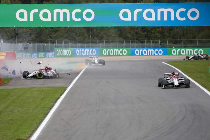 """Räikkönen über Giovinazzi-Crash: """"Hätte mich vorbeilassen sollen"""""""