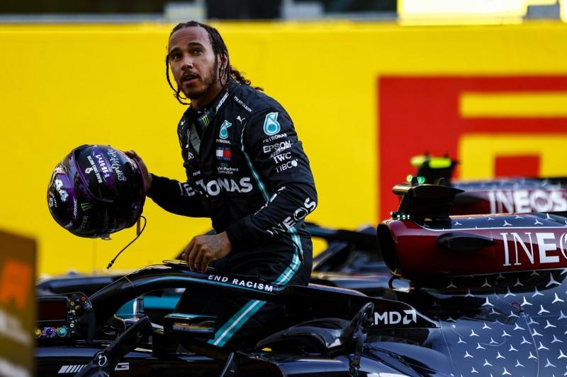 """Lewis Hamilton augelaugt: """"Als wäre ich drei Rennen an einem Tag gefahren"""""""