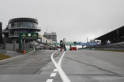 Nach Hamilton-Strafe: FIA reagiert auf Kritik, führt Bodenmarkierung ein