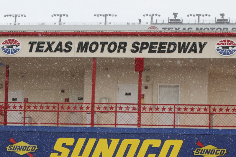NASCAR Fort Worth: Erneute Vertagung nach Regen und Nebel am Montag