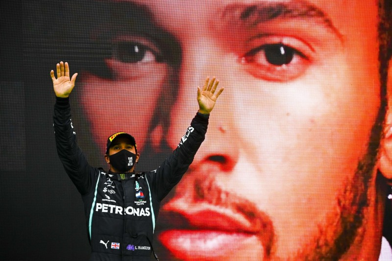 """The Sky is the Limit"": Warum Lewis Hamilton nicht daran glaubt"