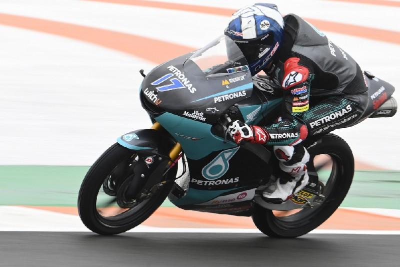 Moto3-Qualifying Valencia: John McPhee erobert im strömenden Regen die Pole