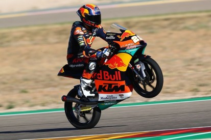 Moto3 in Valencia: Erster Sieg von Raul Fernandez, WM bleibt spannend