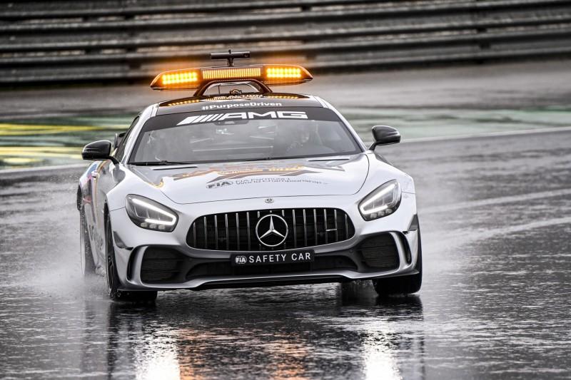Ab 2021 Mercedes Und Aston Martin Wollen Safety Car Im Wechsel Stellen