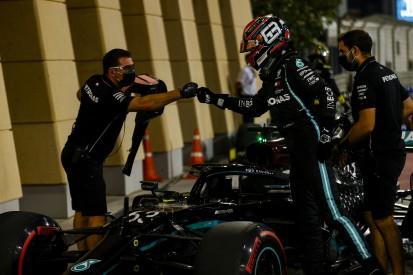 Carlos Sainz: Russell zeigt, dass nicht nur Hamilton im Mercedes gewinnen kann