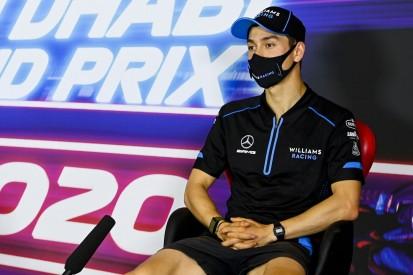 Warten auf Lewis Hamilton: Jack Aitken als Williams-Fahrer in FIA-PK