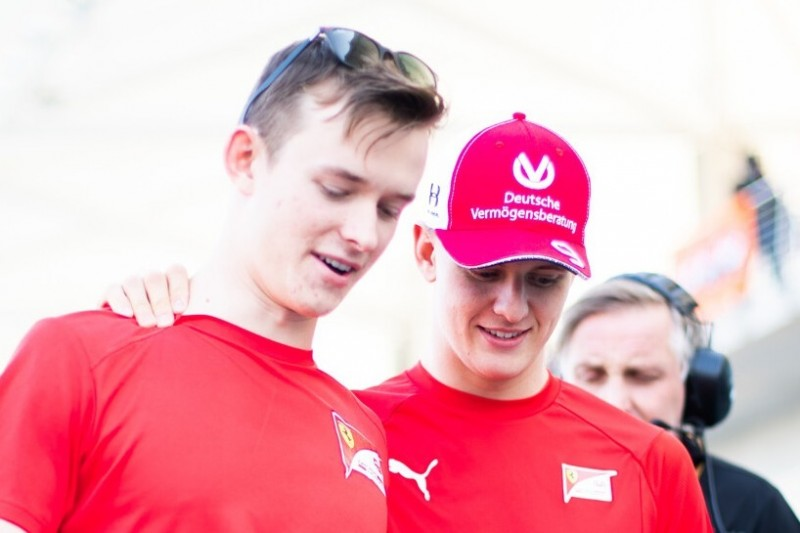 """Schumacher-Lob von Rivale Ilott: """"Toll, dass Mick zeigen konnte, wie gut er ist"""""""