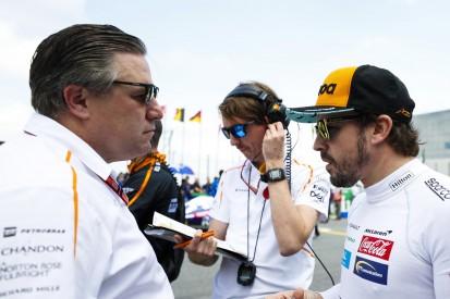 Zak Brown: Fernando Alonso bleibt ein Freund von McLaren