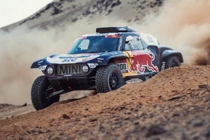 Rallye Dakar 2021: Sainz schlägt Peterhansel um wenige Sekunden