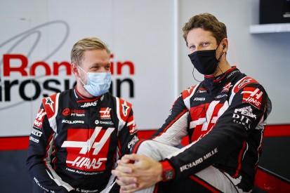 "Magnussen: Grosjean's ""phenomenal"" speed made me a better qualifier"