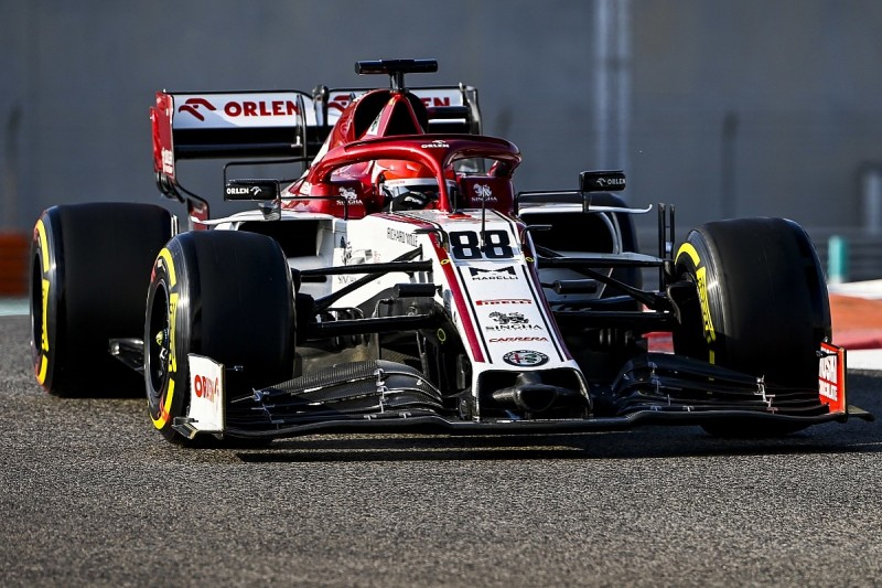 Alfa Romeo eager to keep Kubica as F1 reserve for 2021