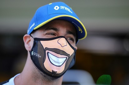 Ricciardo in Bathurst 1000 talks with new F1 boss Brown