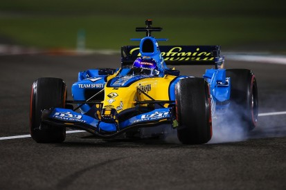Renault R25 demo runs show what modern F1 cars are missing - Alonso