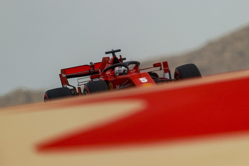 "Vettel: Ferrari F1 team must be ""sly as a fox"" to score points in Bahrain GP"