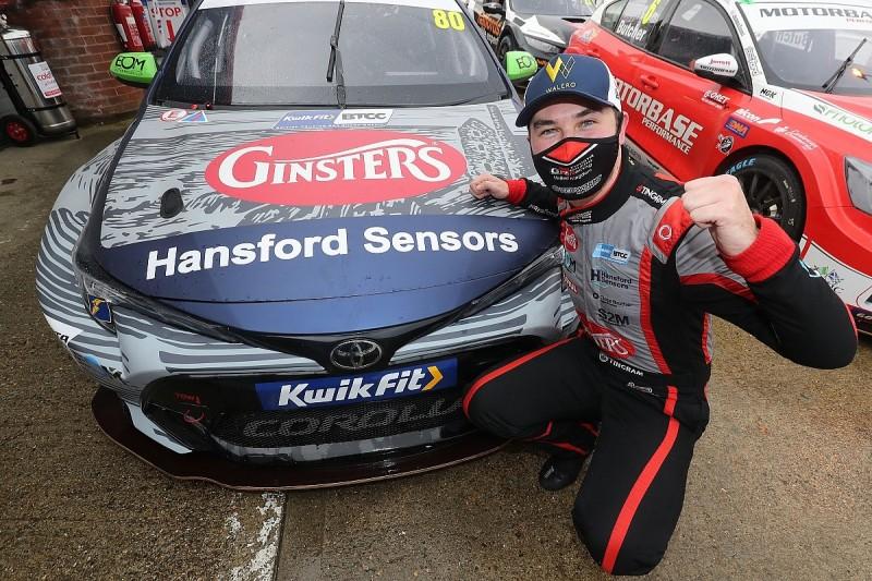 Brands Hatch BTCC: Ingram boosts title chances with pole position