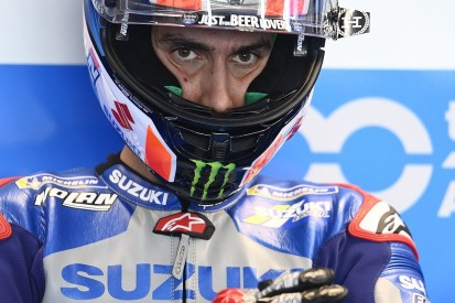 "Rins will keep ""chipping away"" until MotoGP title hopes end"