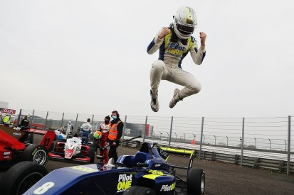 Frederick claims British F3 title after dominant display at Silverstone