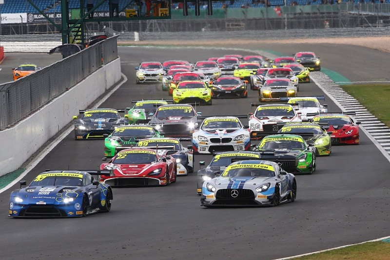 British GT finale at Silverstone boasts season-high grid size
