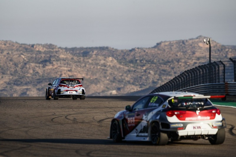 WTCR 2020 finale moved from Adria to Aragon after renovation delay
