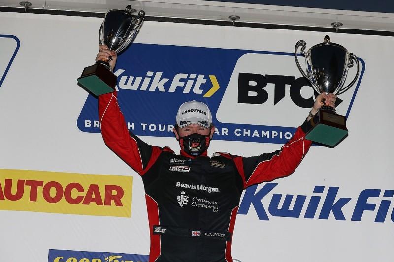 Snetterton BTCC: Jackson wins race three as title challengers clash