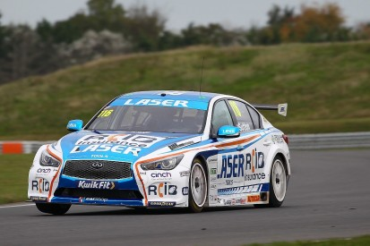 Snetterton BTCC: Turkington dominates race two to seize points lead