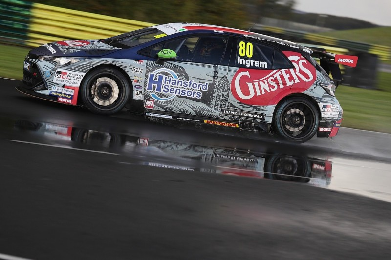 BTCC Croft: Ingram tops chaotic qualifying in wet conditions