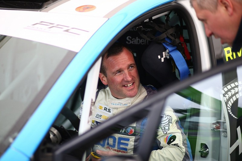 Four-time Clio champion Rivett to make BTCC debut at Snetterton
