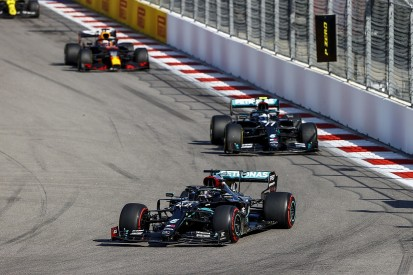 Horner hints at Mercedes complacency during F1 Russian GP