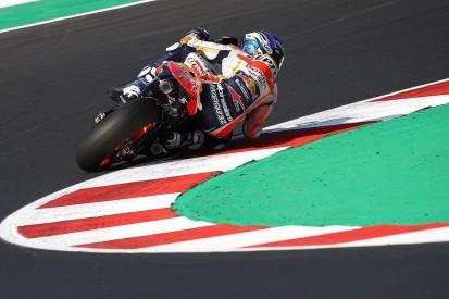 """Marquez riding qualifying laps on Honda MotoGP bike """"Moto2 style"""""""